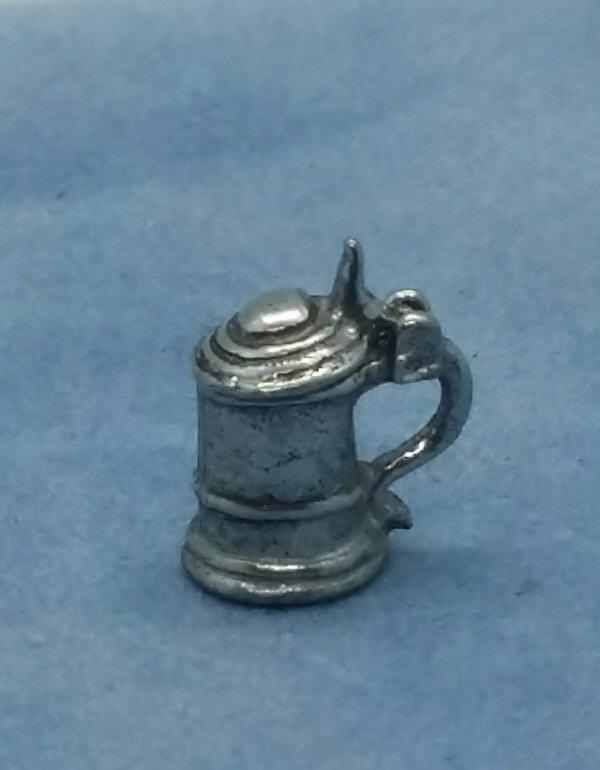 1/24th scale lidded tankard