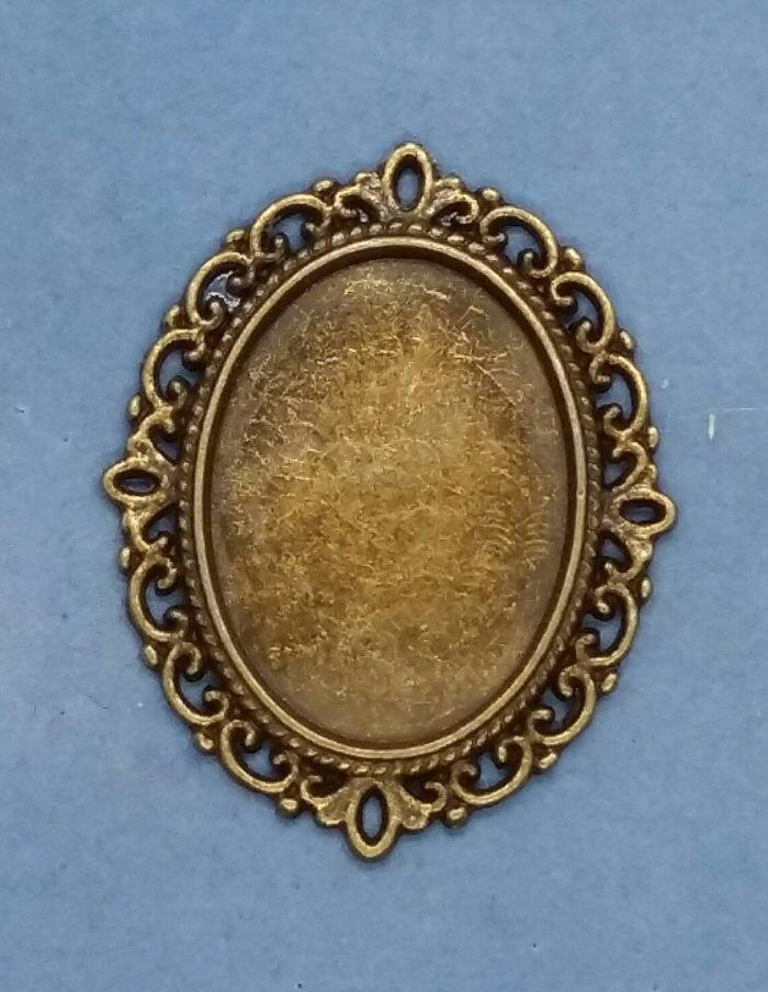 1/24th scale Ornate Oval Frame