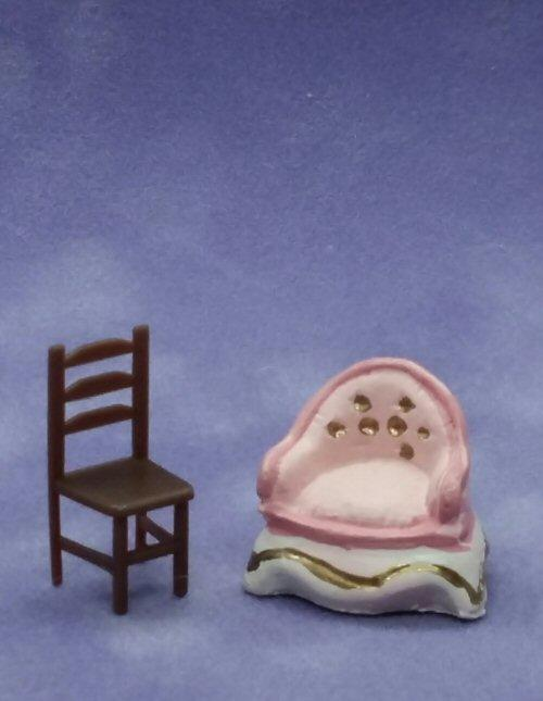 1/48th scale Pink Resin Armchair and plastic chair