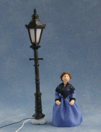 1/48th scale Victorian Street Light with quarter scale doll