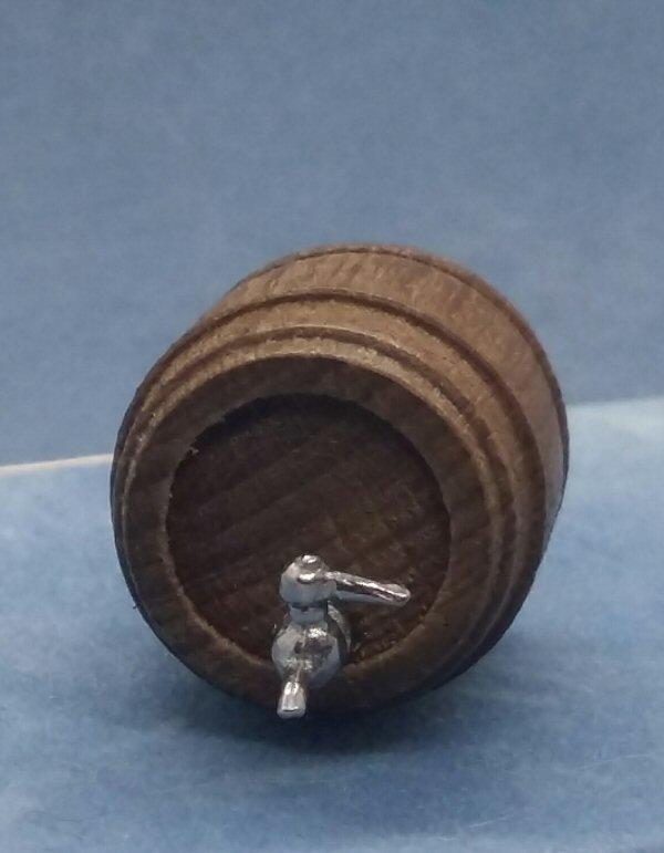 1/24th scale barrel and tap