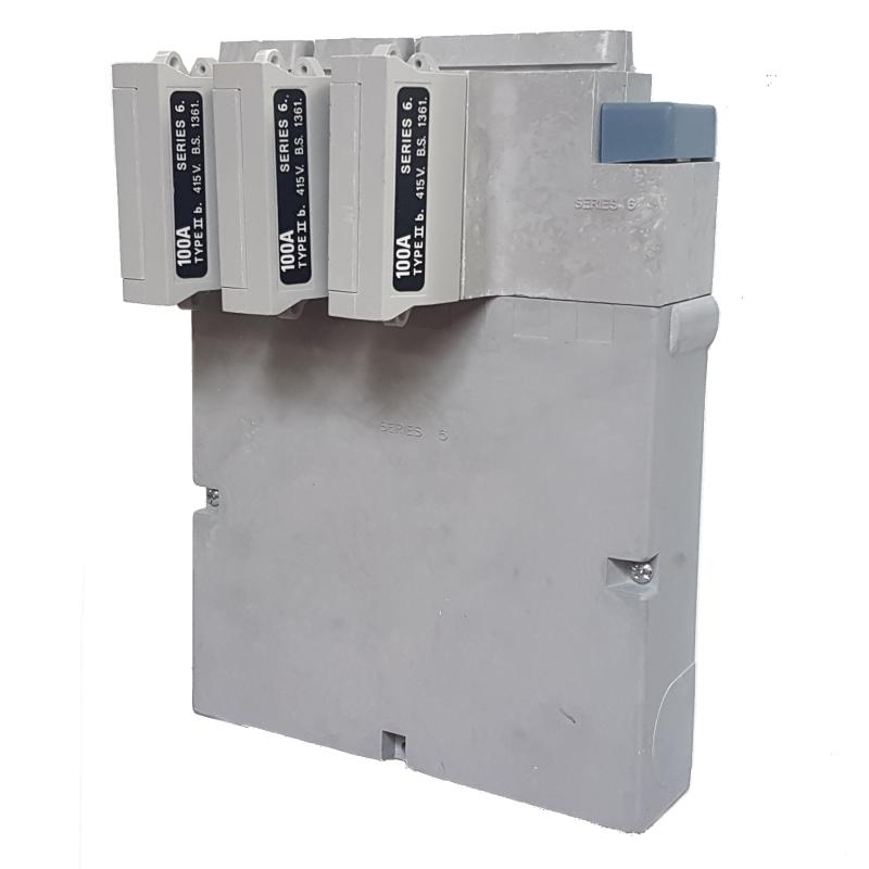 WT Henley - Series 6 Three Phase House Service Cut Out (Separate Neutral & Earth) - 100 Amp Fuse Link
