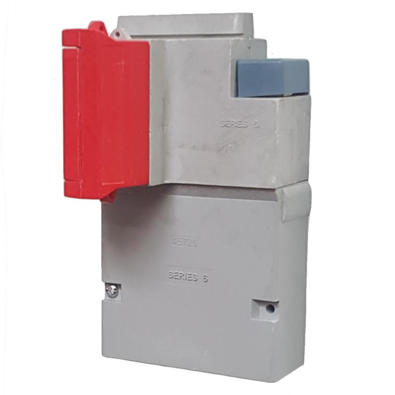 WT Henley - Series 6 Single Phase House Service Cut Out (Separate Neutral & Earth) - Solid Link (Red)