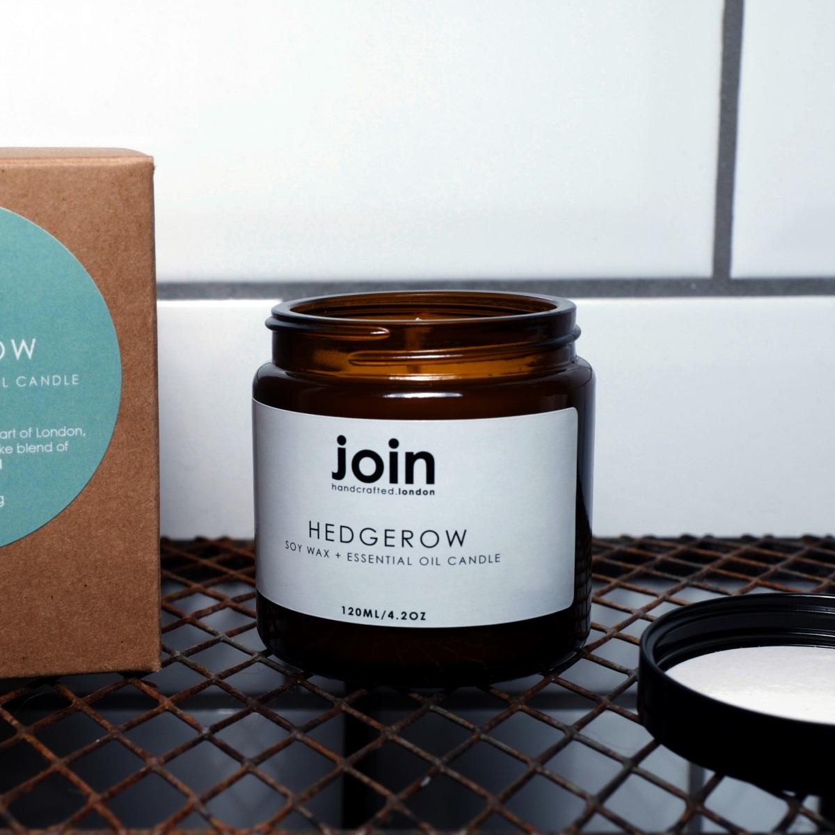Join Apothecary Luxury Scented Hedgerow Soy Wax Candle at Albert & Moo