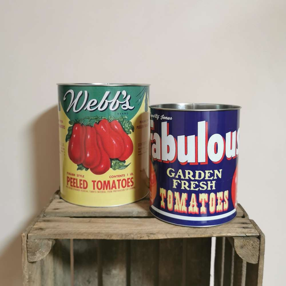 Large Vintage Style Tomato Tins Plant Pots Storage Tins at Albert & Moo