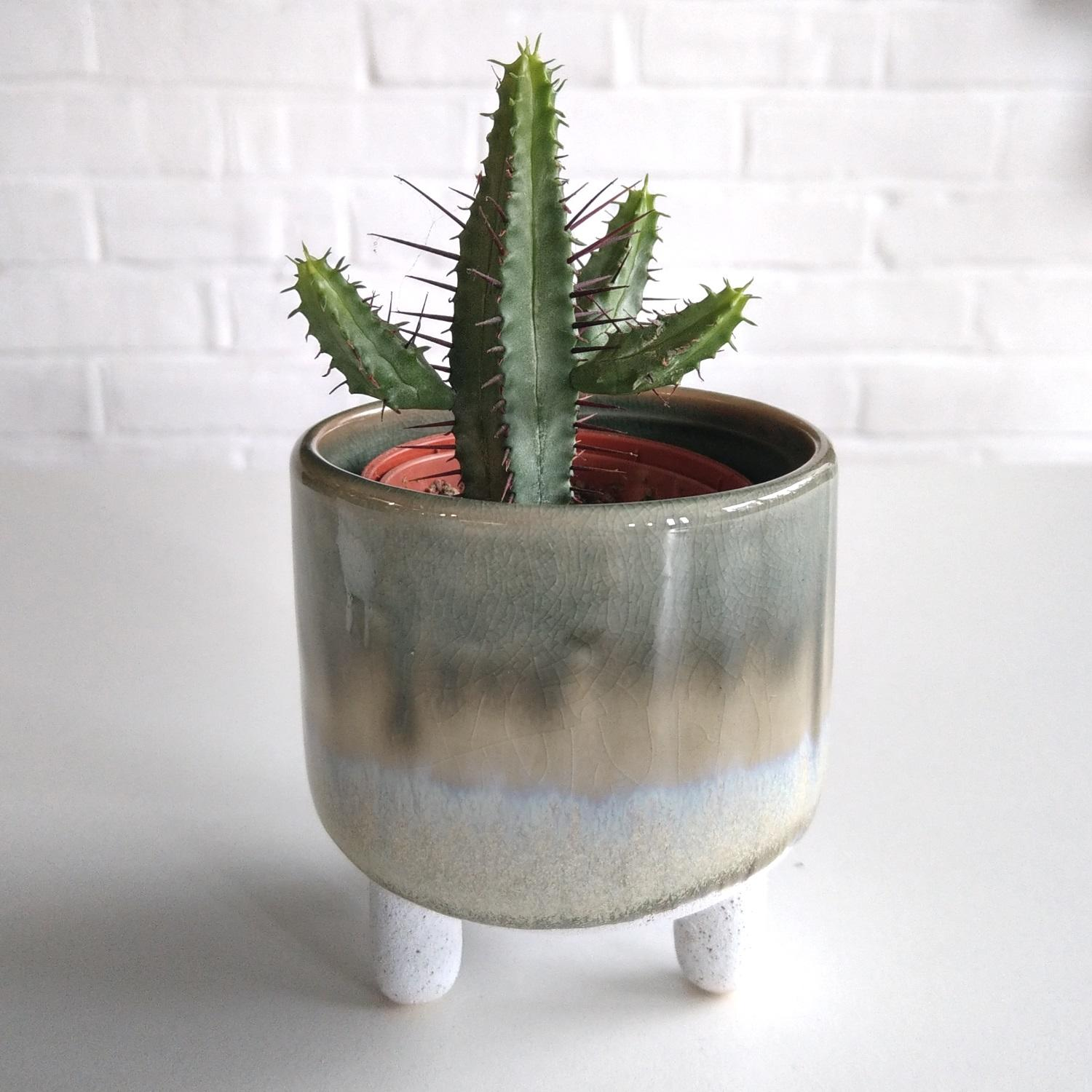 Grey Mojave Glaze Plant Pot at Albert & Moo