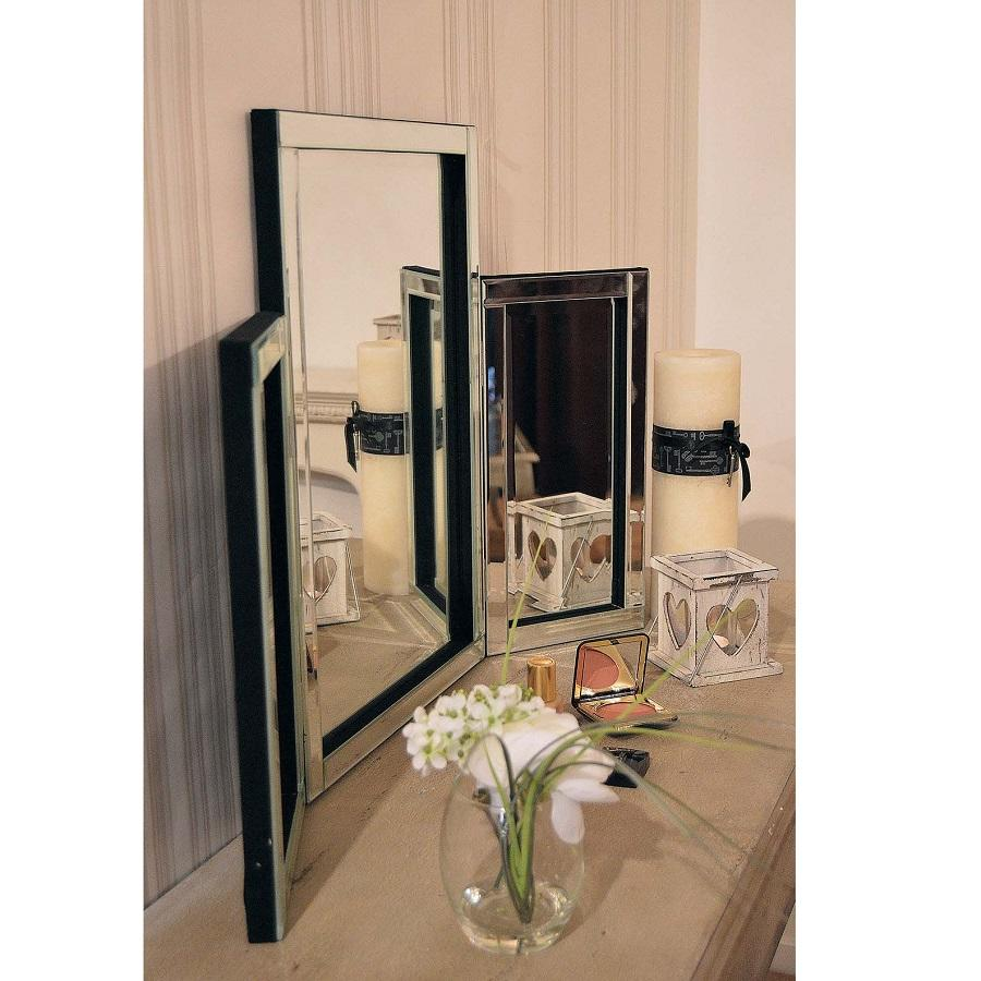 glass Venetian dressing table mirror