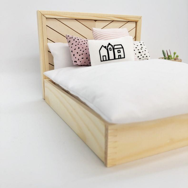 modern dollhouse furniture, modern dolls house furniture, modern dollhouse makeover, modern dollhouse bed, four poster dollhouse bed, miniature bed, mini four poster bed, miniature four poster bed, scandi dollhouse, modern dollhouse uk