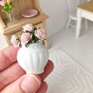 miniature vase, dollhouse vase, miniature roses, dollhouse roses