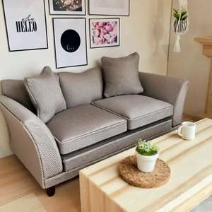 modern dollhouse sofa, modern dollhouse furniture, modern dollhouse DIY ideas, modern dollhouse interior, dollhouse DIY furniture