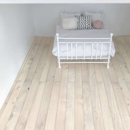 dollhouse flooring, dollhouse DIY, miniature wood floor