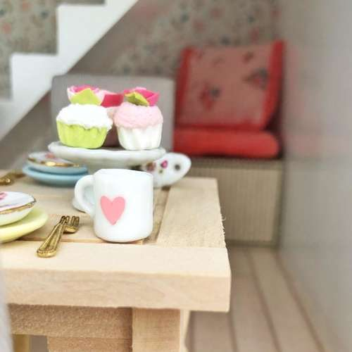 miniature dollhouse mug, mini mug, heart mug