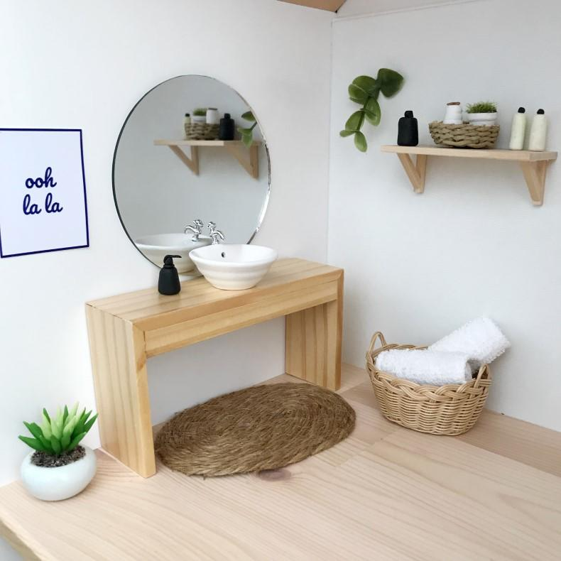 modern dolls house bathroom, modern dollhouse bathroom, dollhouse vanity, dolls house vanity, dollhouse modern vanity