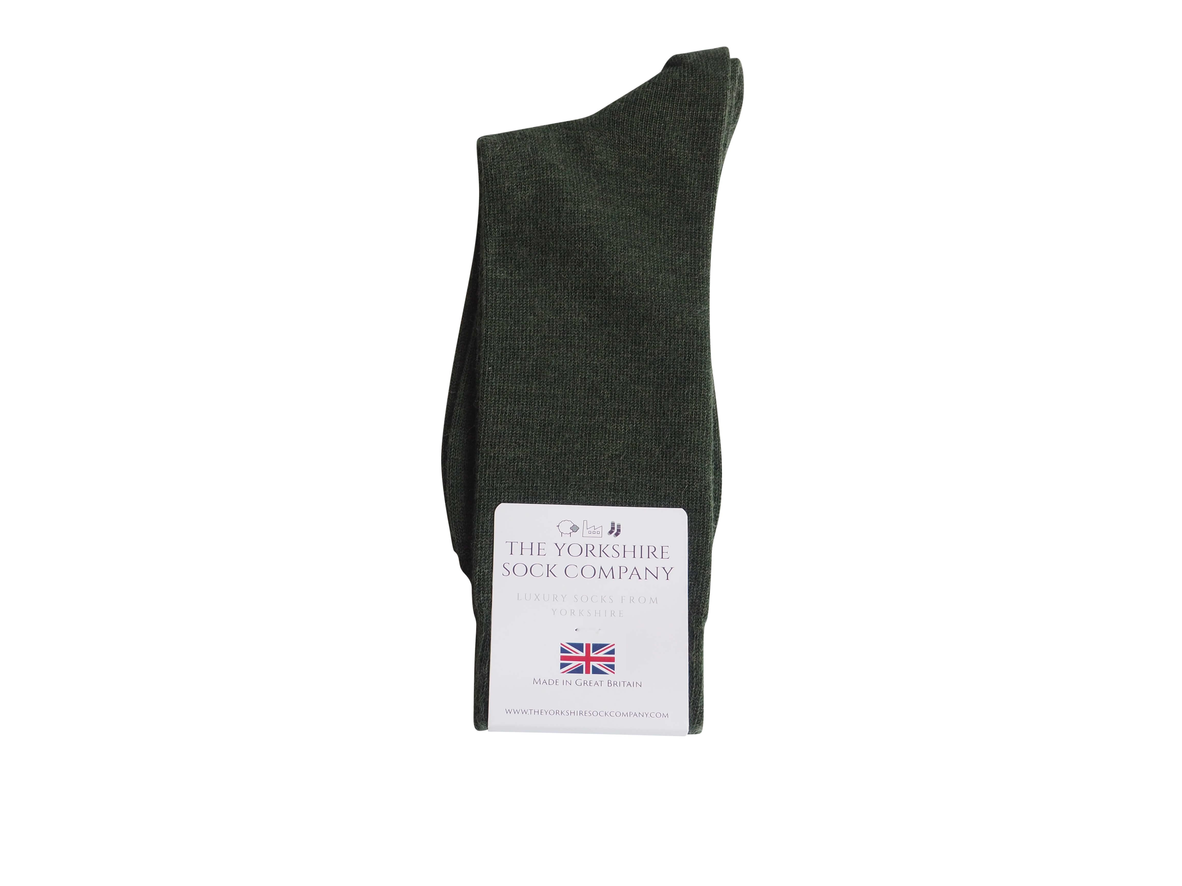natural-merino-wool-yorkshire-socks-green