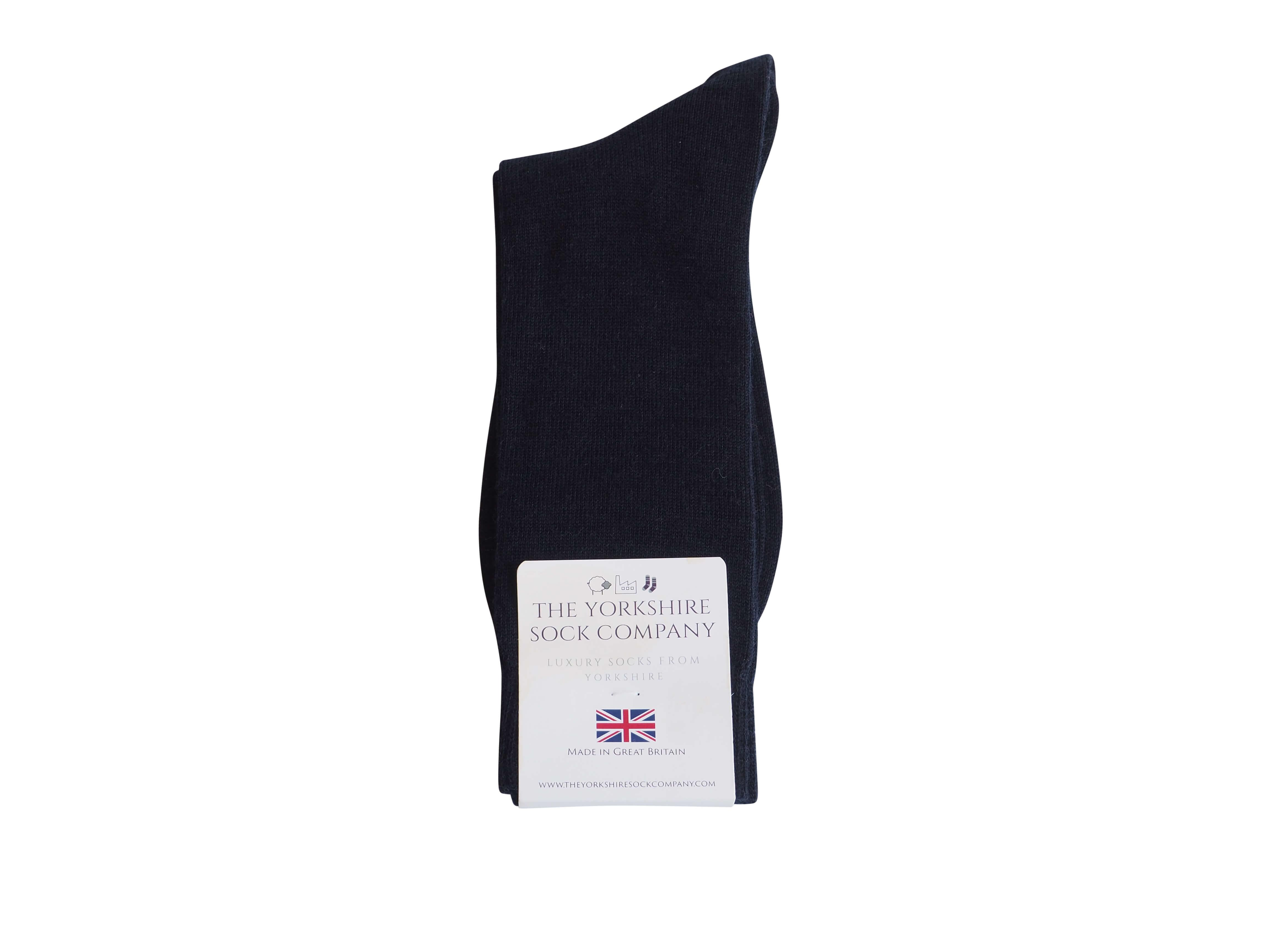 natural-merino-wool-yorkshire-socks-navy-packed