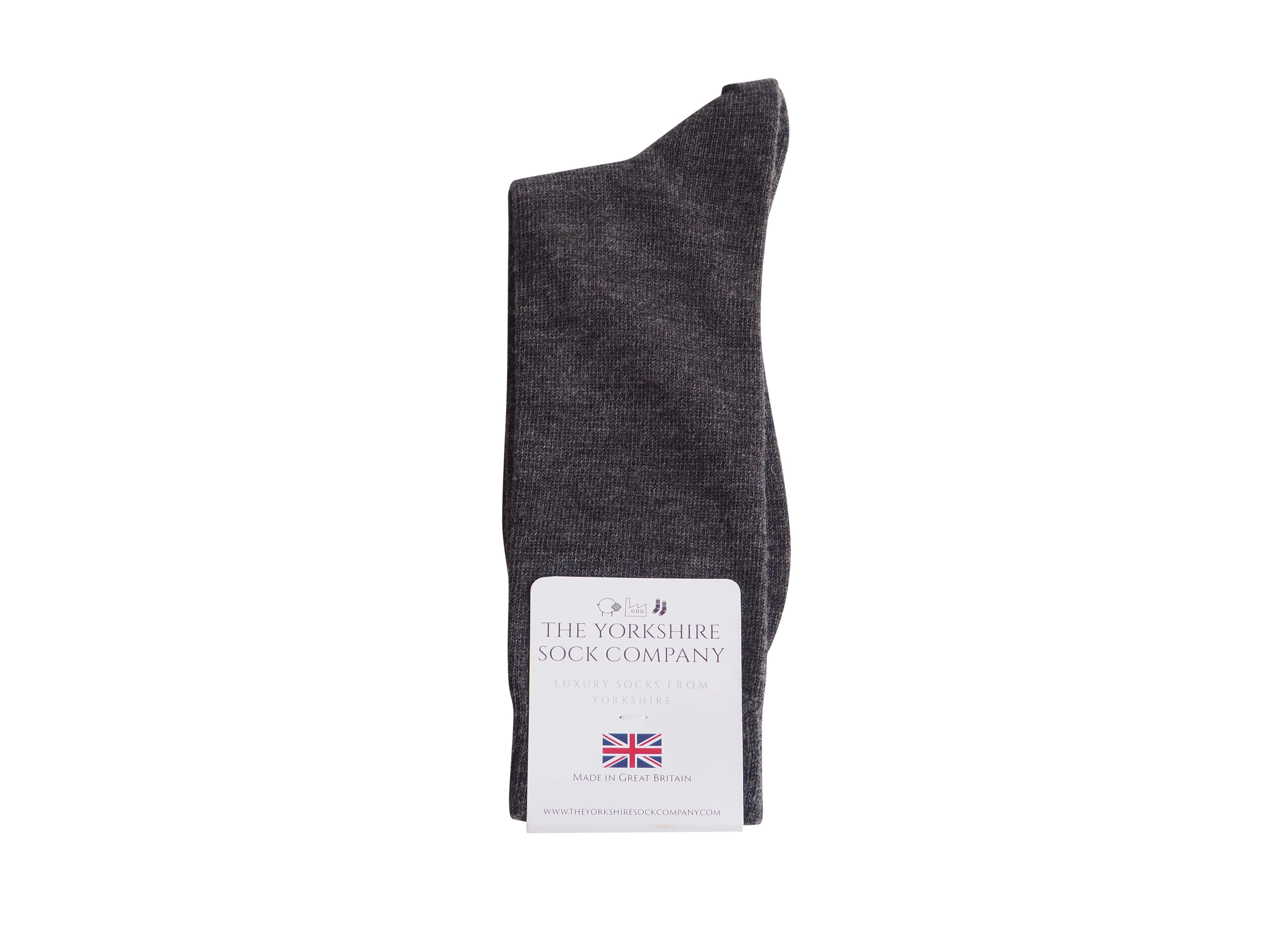 natural-merino-wool-yorkshire-socks-grey