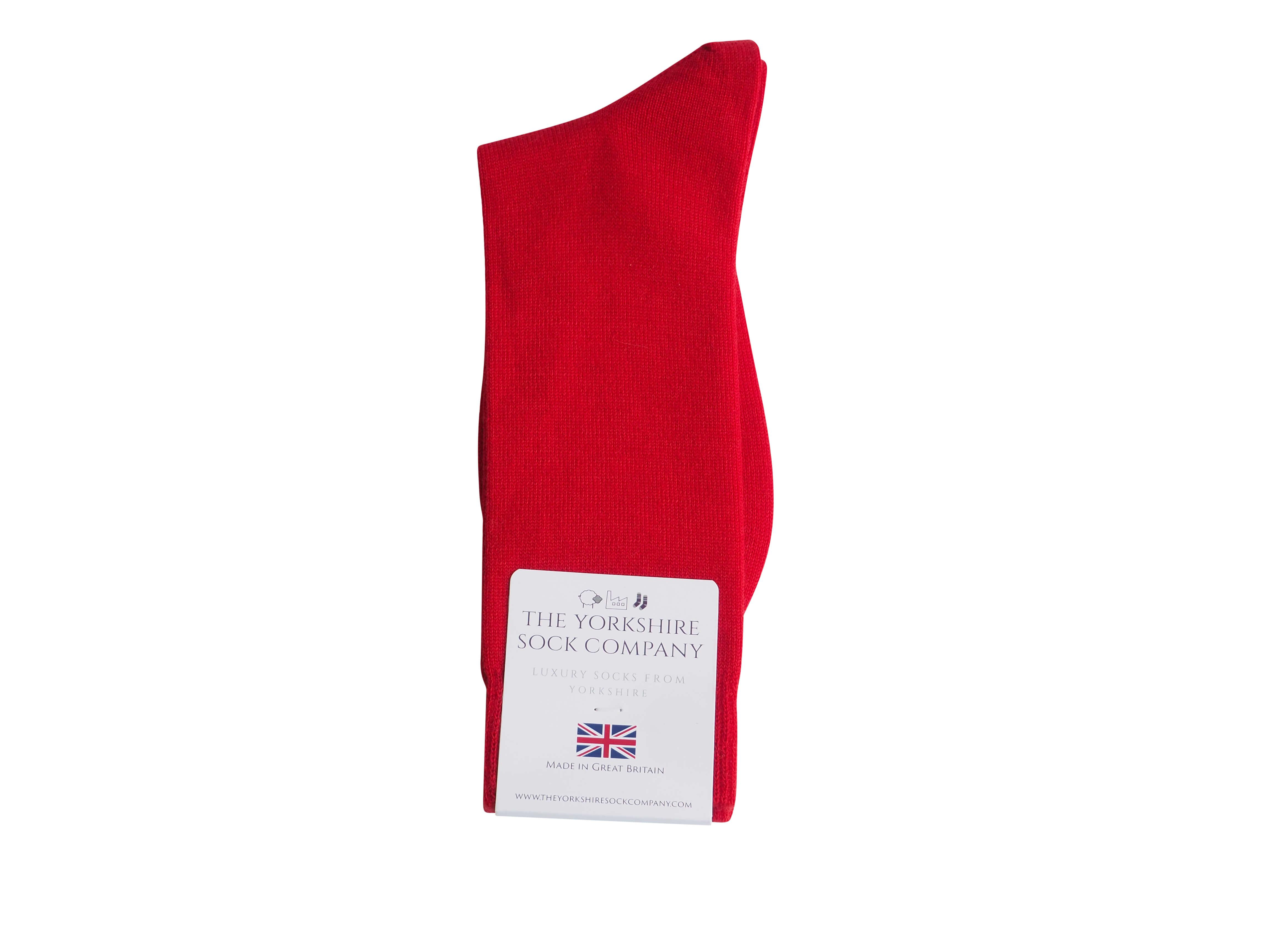 natural-merino-wool-yorkshire-socks-red-packed