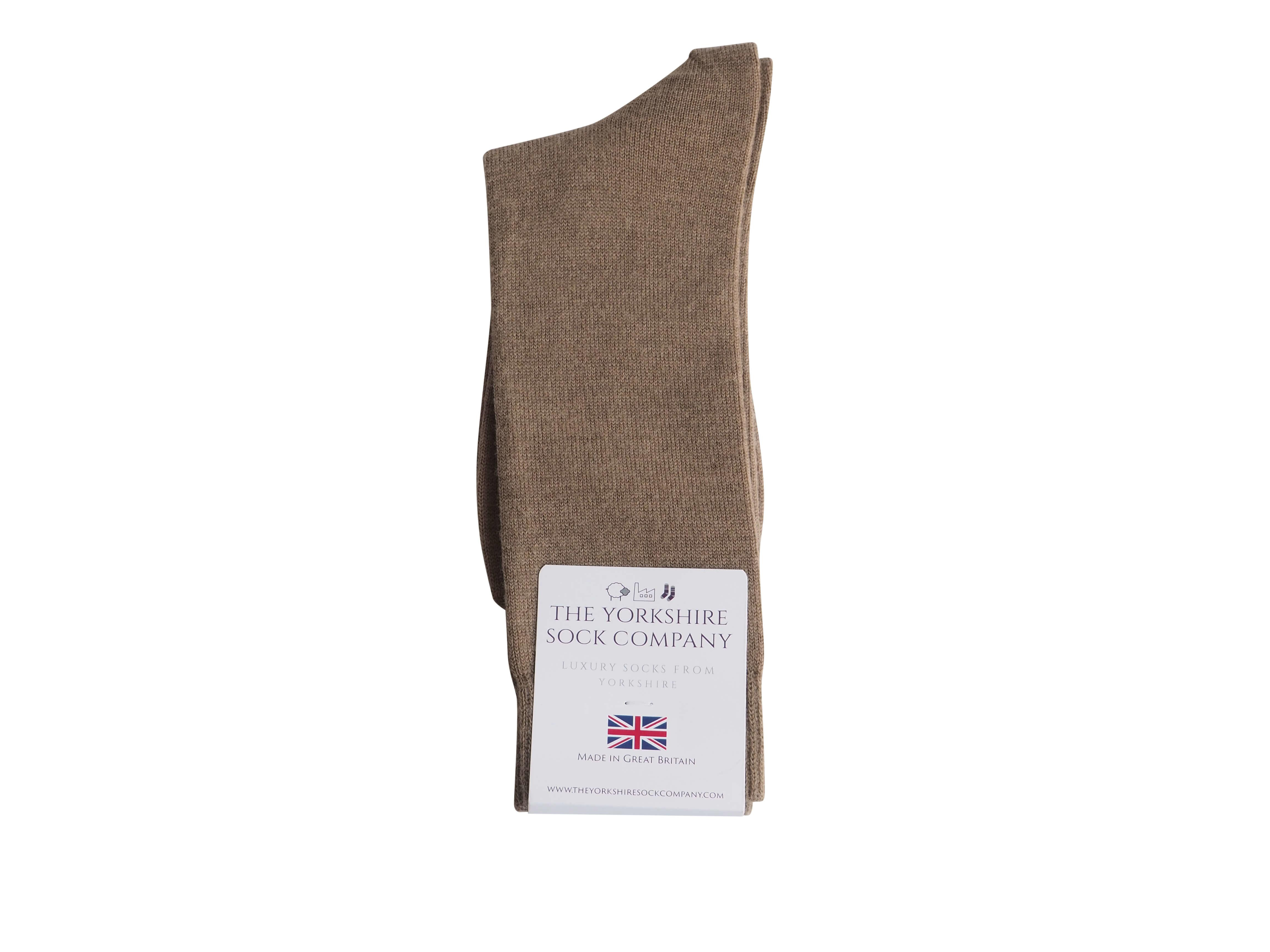 natural-merino-wool-yorkshire-socks-sand