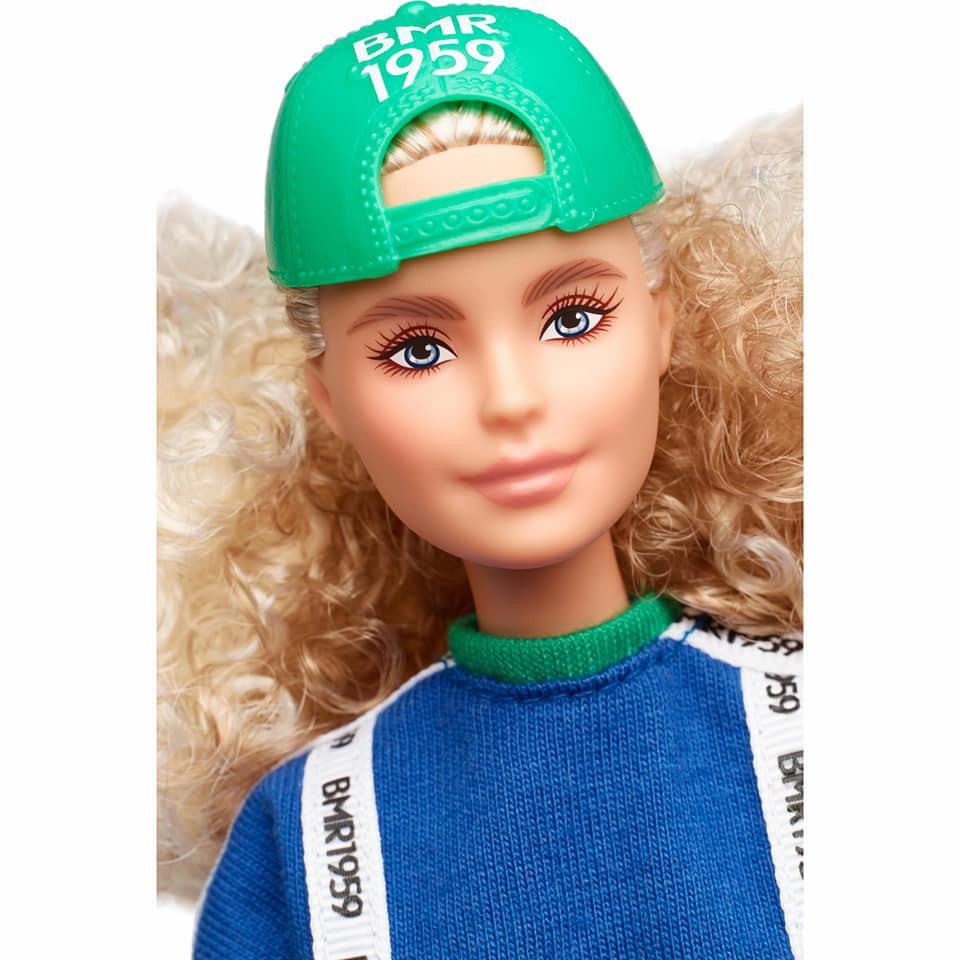Barbie BMR1959 GHT92 Block Sweatshirt Doll2