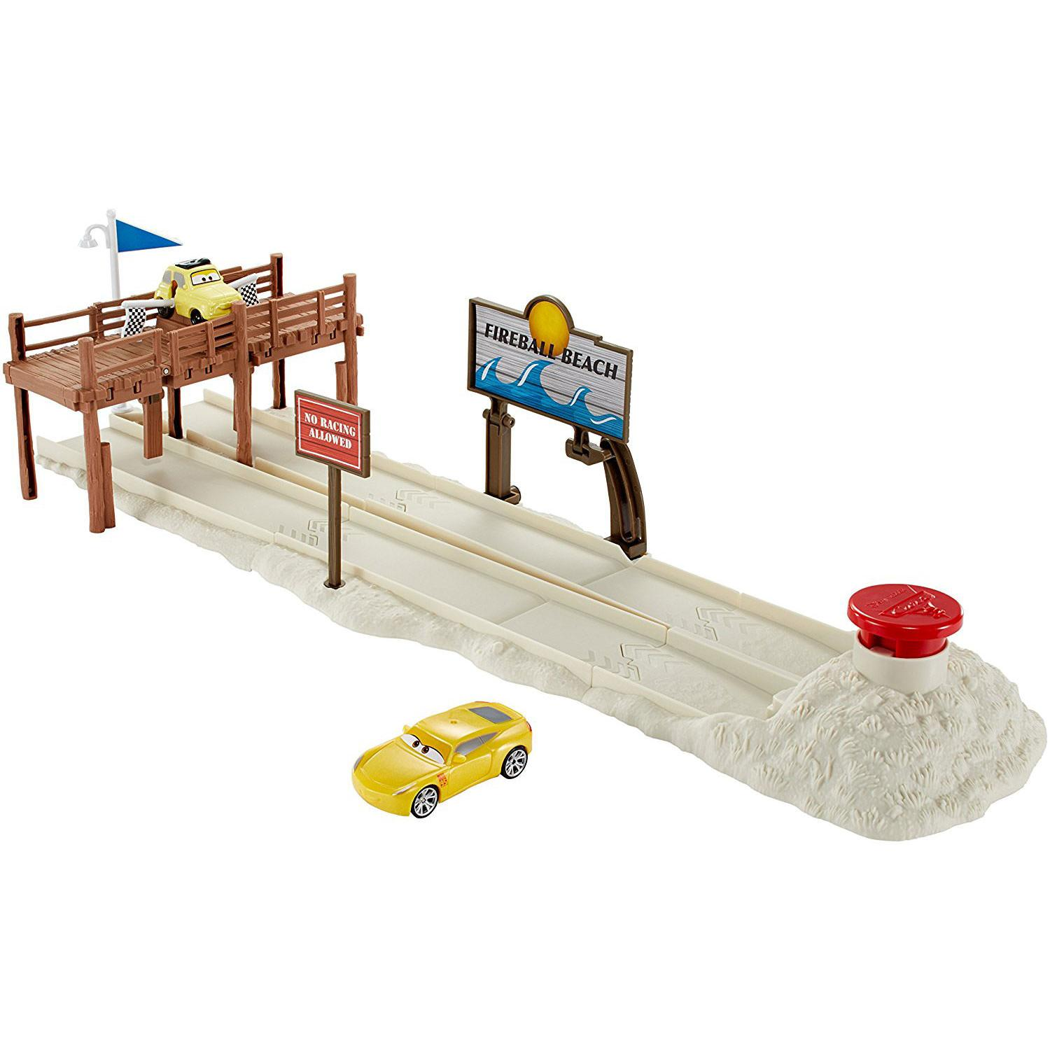 Cars Fireball Beach Run Playset1