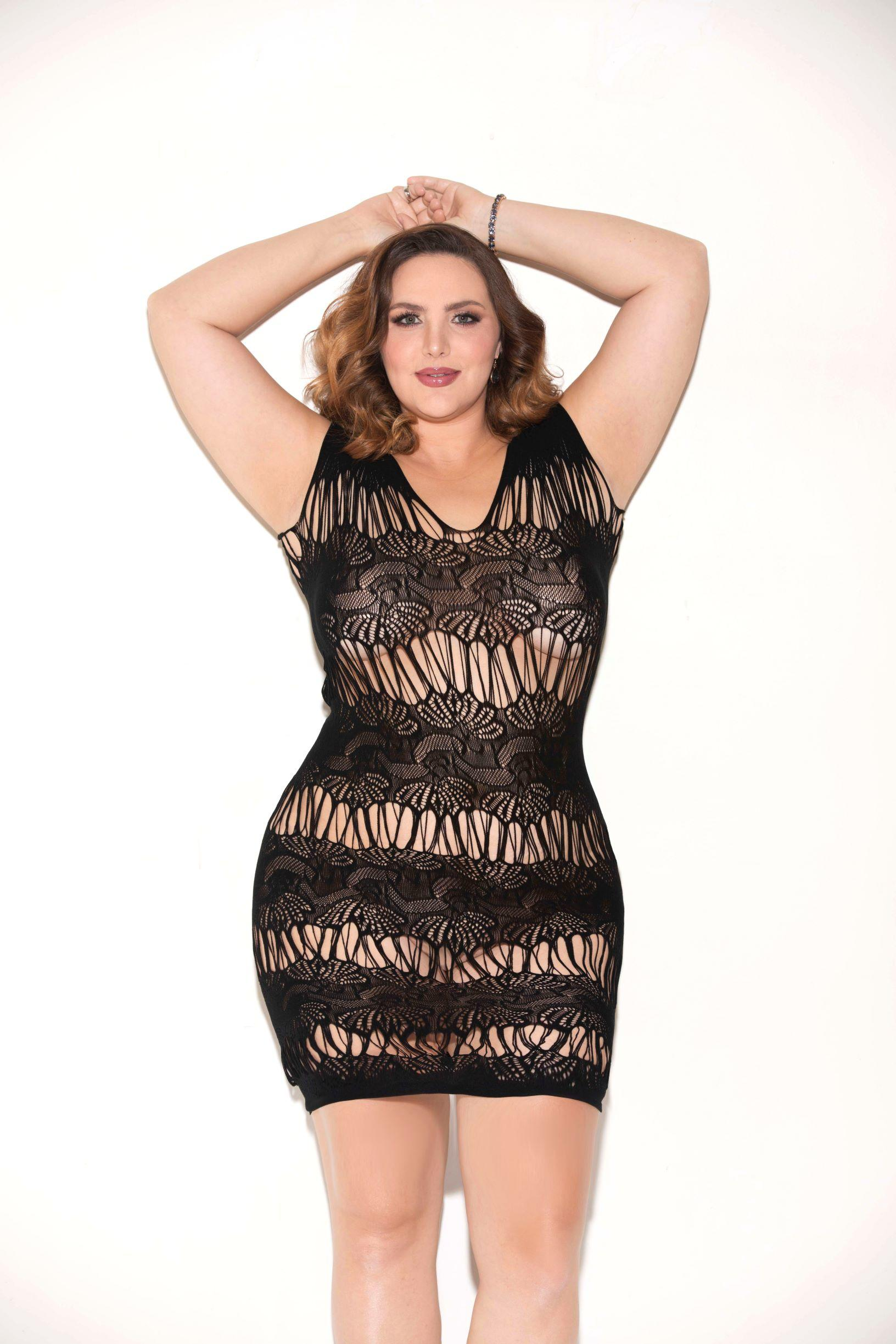 Black sleeveless chemise