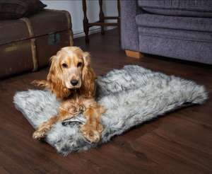 Scruffs Siberian Reversible Faux Fur Dog Mattress