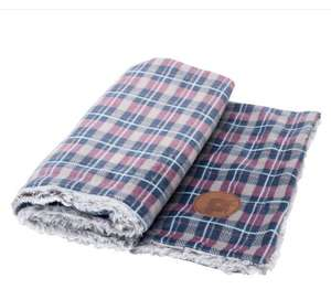 Petface Dove Grey Check Comforter Blanket