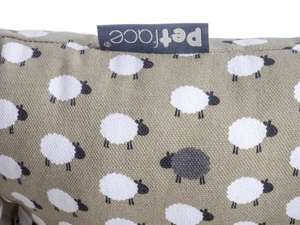 Petface Sleepy Sheep Dog Bed Canvas detail