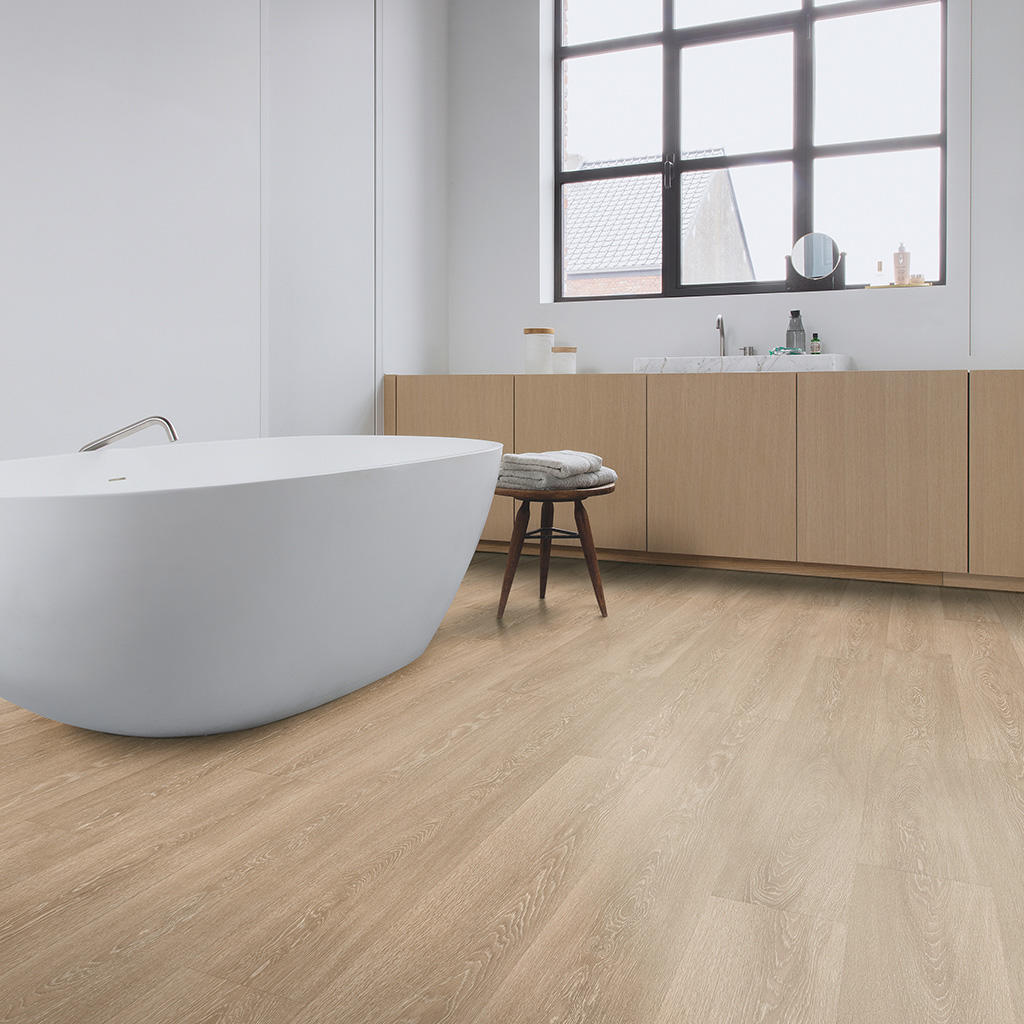 Quick-Step Majestic Valley Oak Light Brown Planks MJ3555 Laminate Flooring