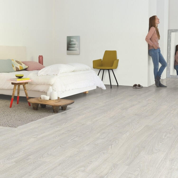 Quick-Step Impressive Patina Classic Oak Grey IM3560 8mm Laminate Flooring