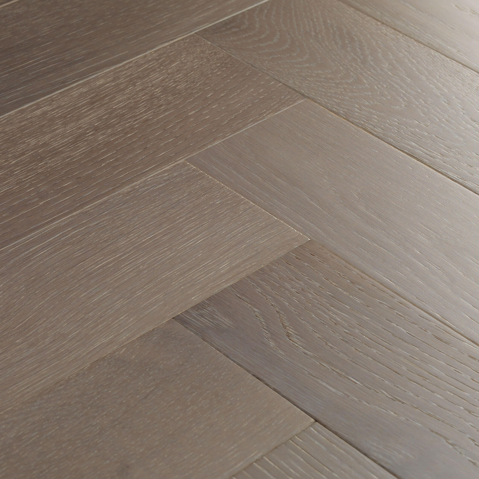 Woodpecker Goodrich Herringbone Feather Oak Brushed & Matt Lacquered Engineered Wood Flooring 32-OGW-001