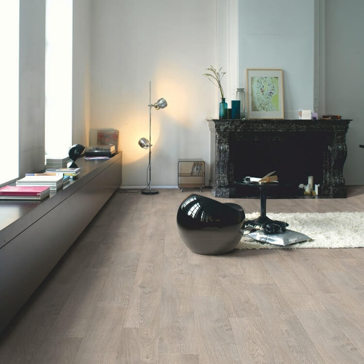 Quick Step Classic Old Oak Light Grey CLM1405 Hydroseal Laminate Flooring