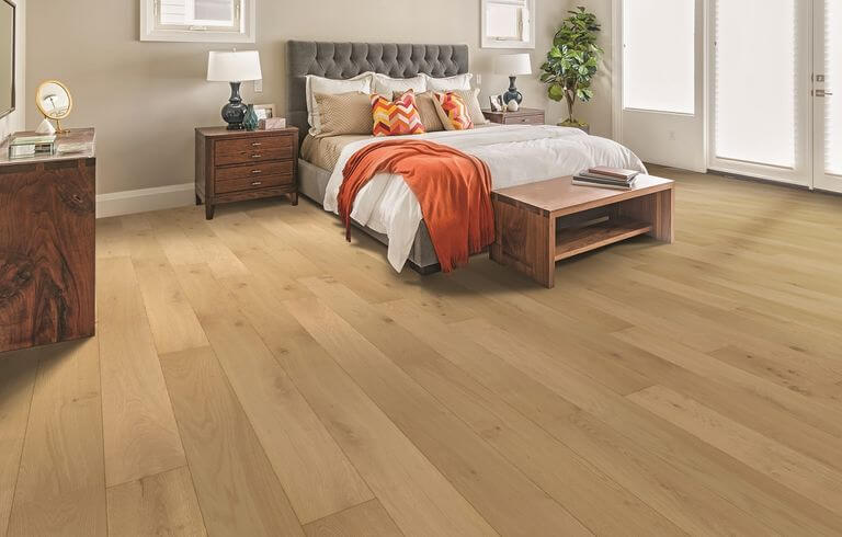 Tuscan Natural Oak Flat Sanded Lacquered 1 Strip TF100 Engineered Wood Flooring