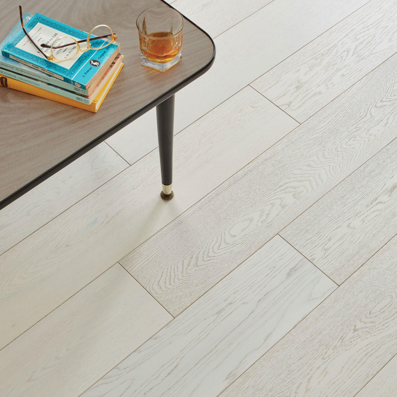 Woodpecker Salcombe Chalked Oak Brushed & Matt Lacquered 45-WAW-020 Engineered Wood Flooring