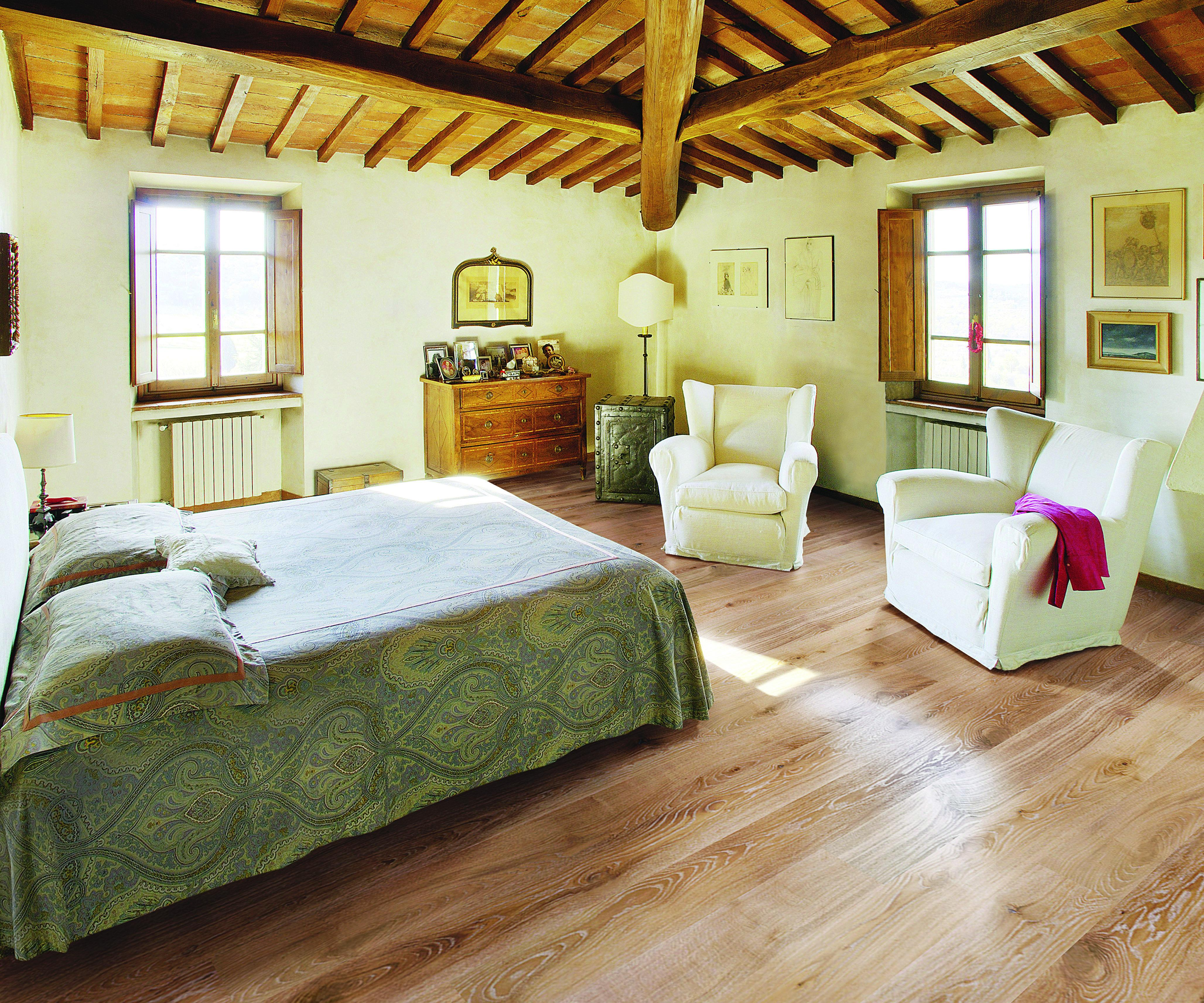 Tuscan White Washed Oak Flat Sanded & Lacquered TF103 Strato Warm Engineered Wood Flooring
