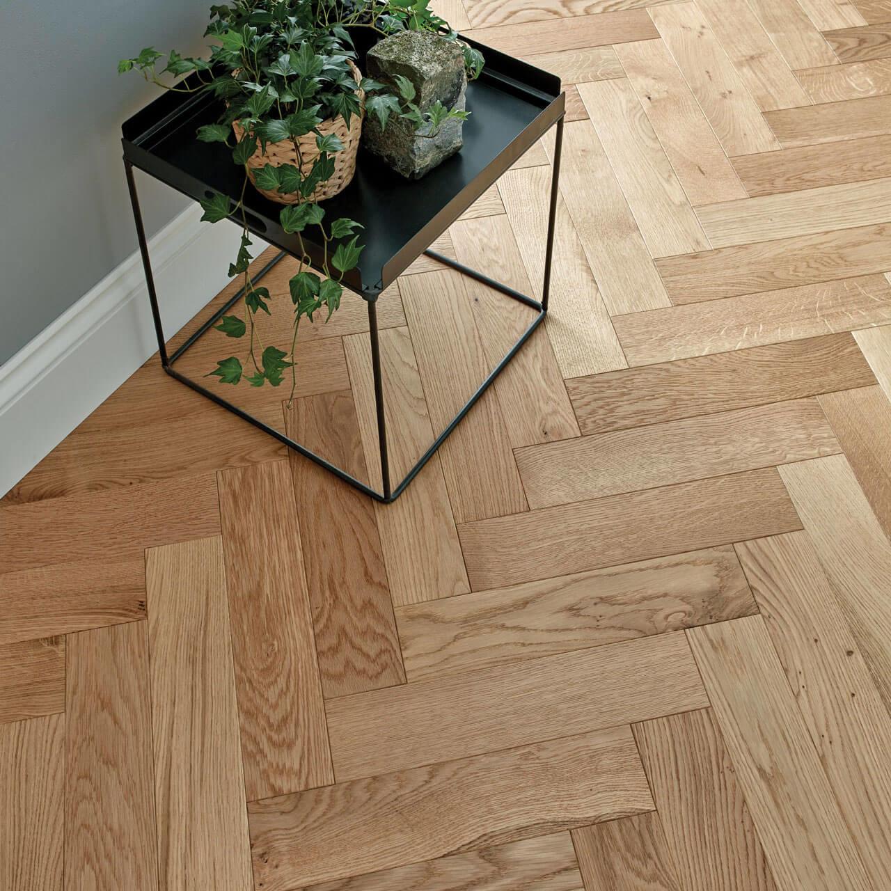 Wood Goodrich Herringbone Natural Oak Brushed Matt Lacquered Engineered Flooring 32 Gna 001