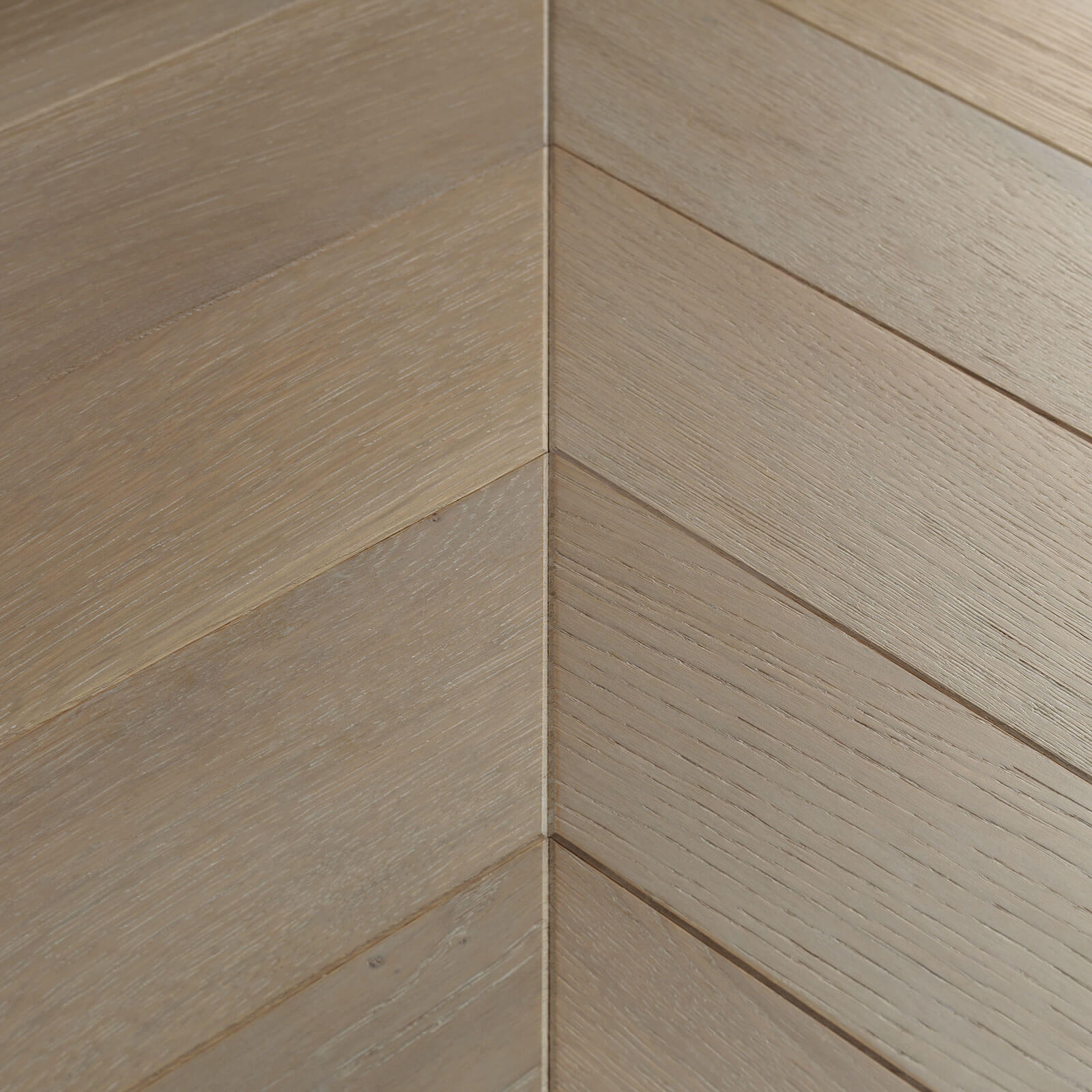 Woodpecker Goodrich Chevron Haze Oak Brushed & Matt Lacquered Engineered Wood Flooring 32-CGR-001