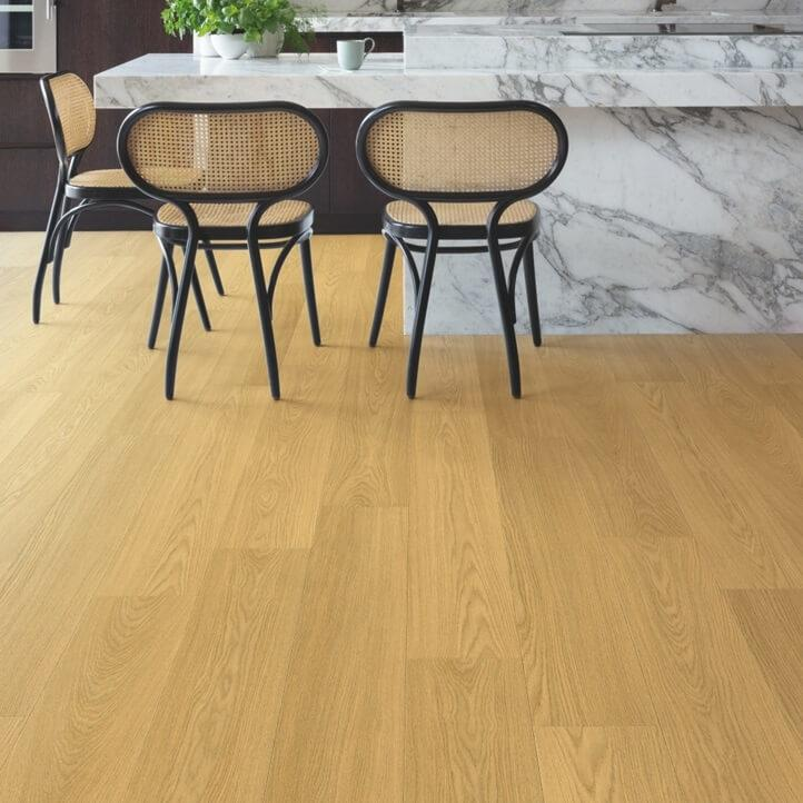 Quick-Step Signature Natural Varnished Oak SIG4749 Laminate Flooring