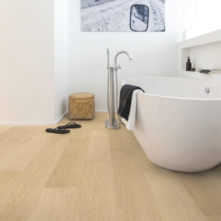 Quick-Step Impressive White Varnished Oak IM3105 8mm Laminate Flooring