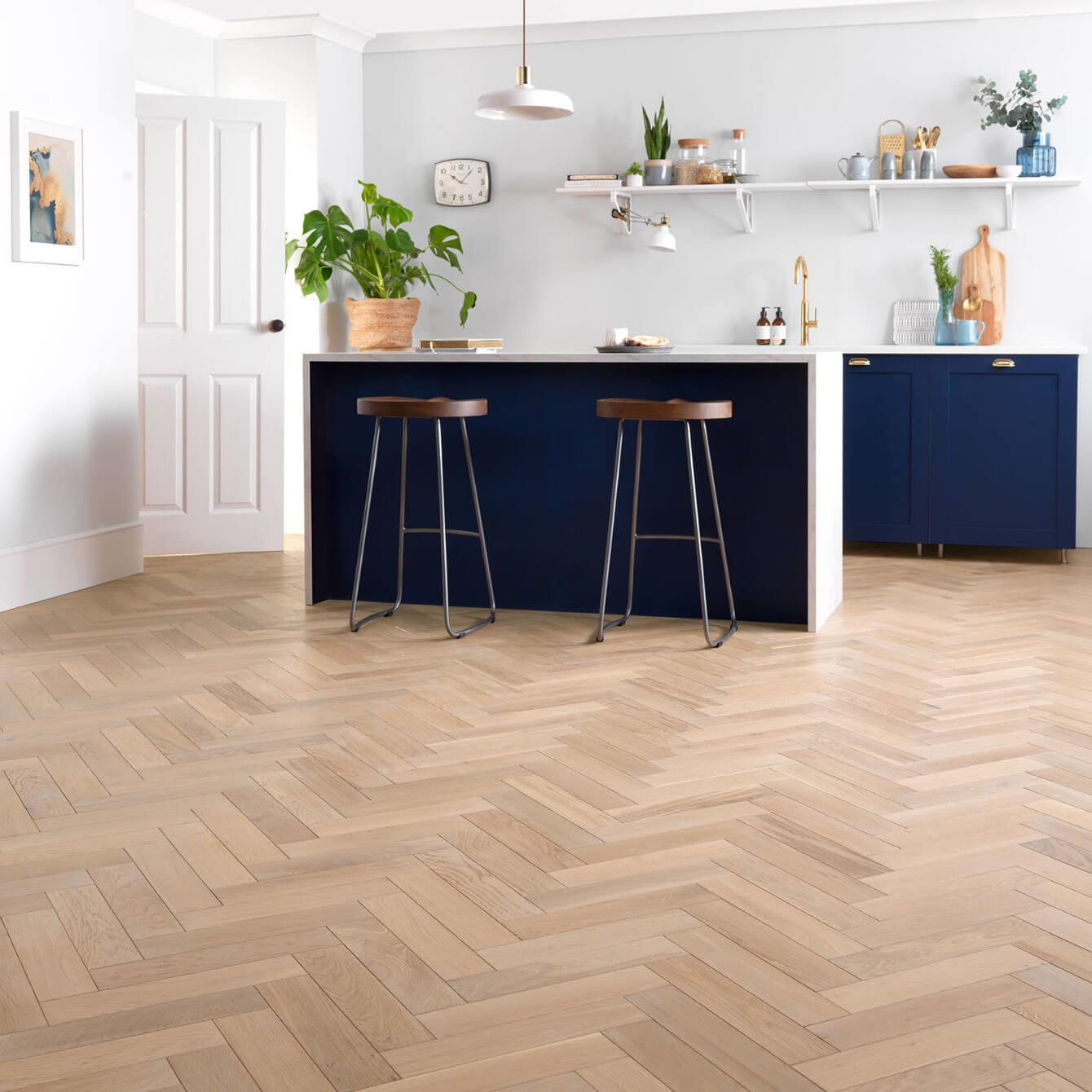 Woodpecker Goodrich Herringbone Ecru Oak Brushed & Matt Lacquered Engineered Wood Flooring 32-GEO-001