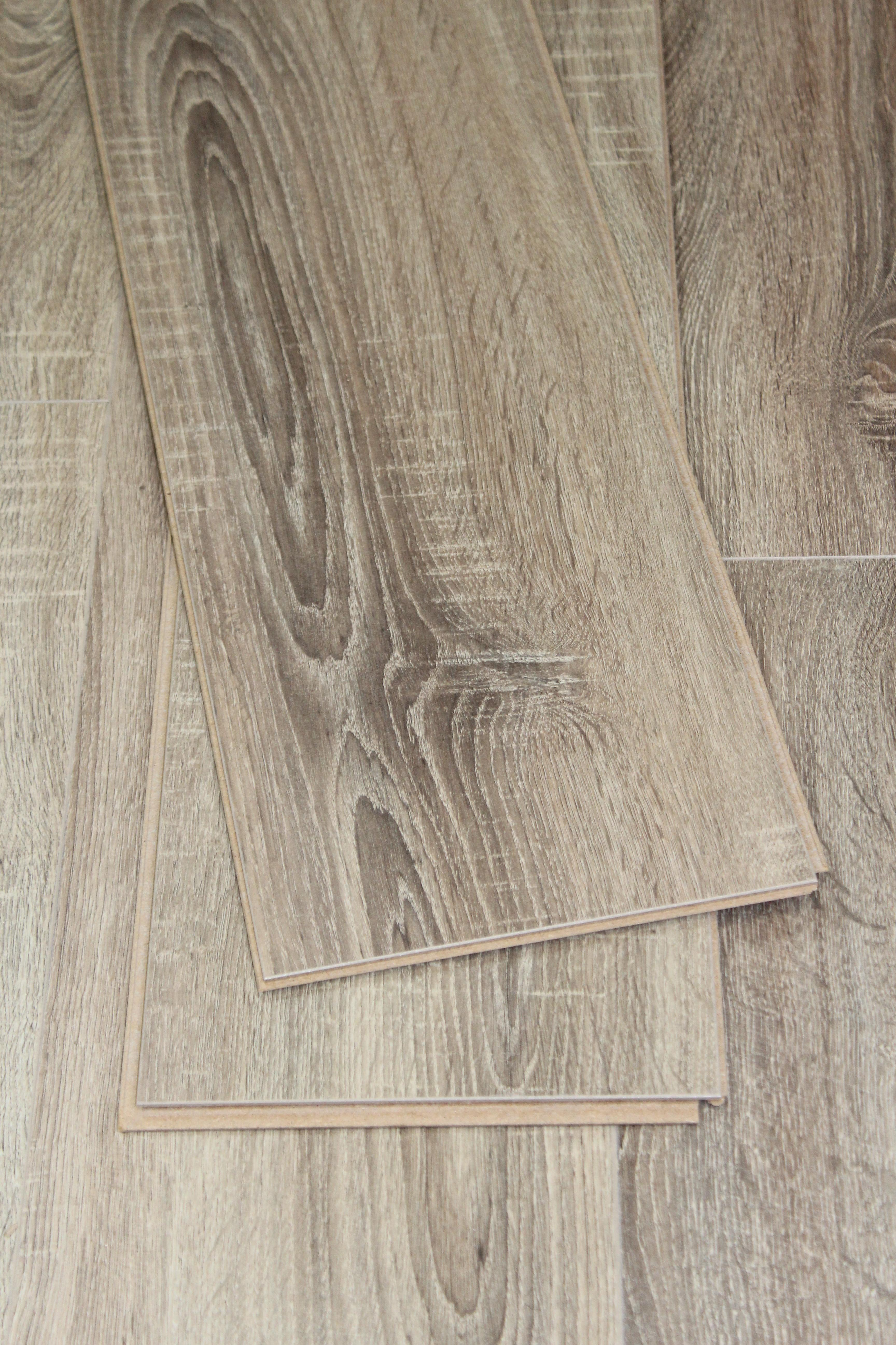 Baelea Concerto Drift Oak with Saw Cuts 8mm Laminate Flooring Bevel