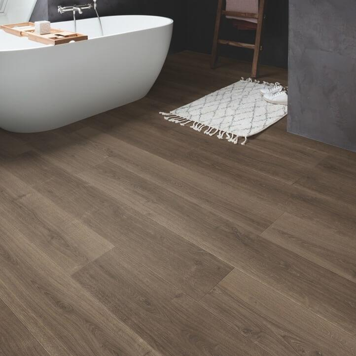 Quick-Step Signature Brushed Oak Brown SIG4766 Laminate Flooring