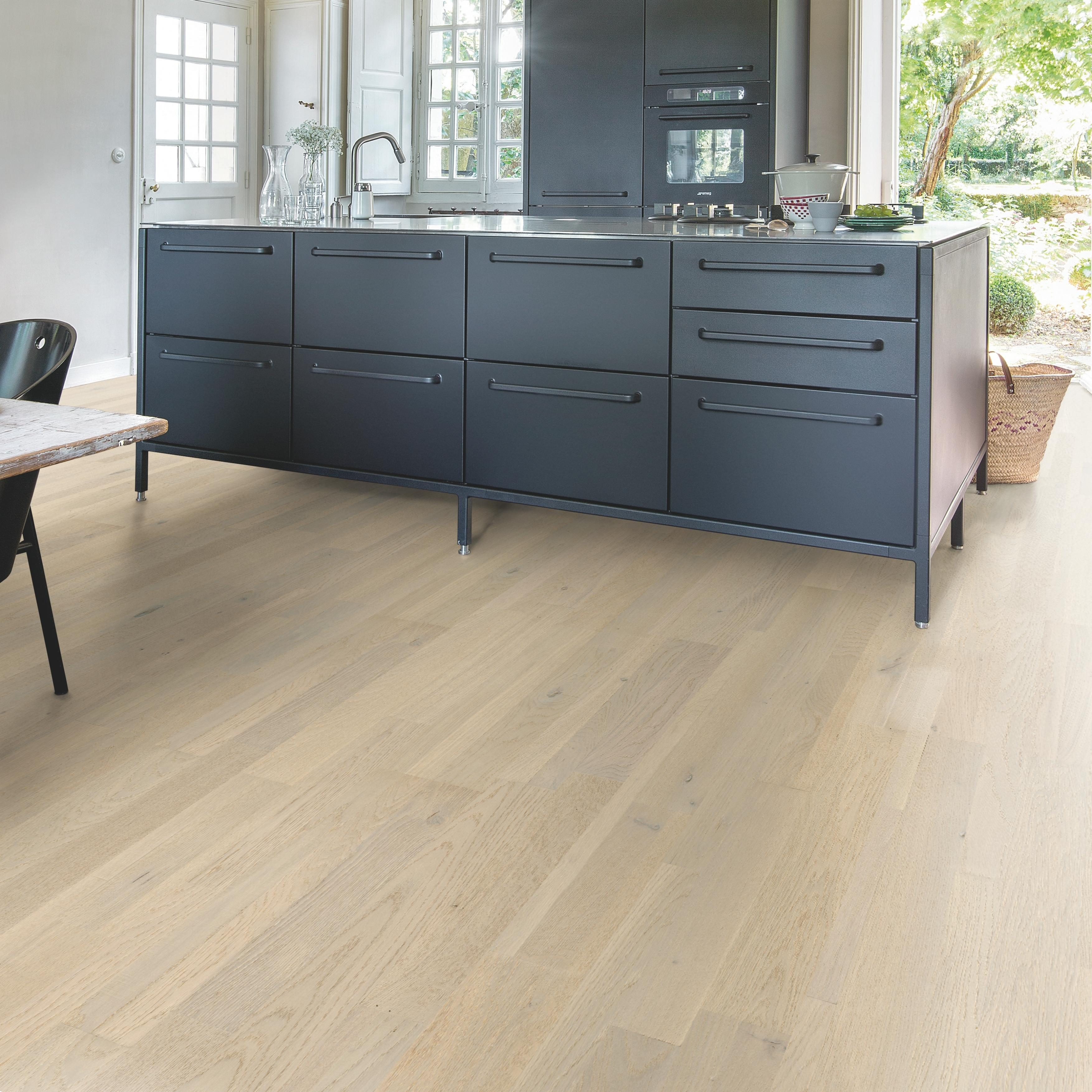 Quick-Step Variano Pacific Oak Extra Matt Engineered Realwood Flooring VAR5114S