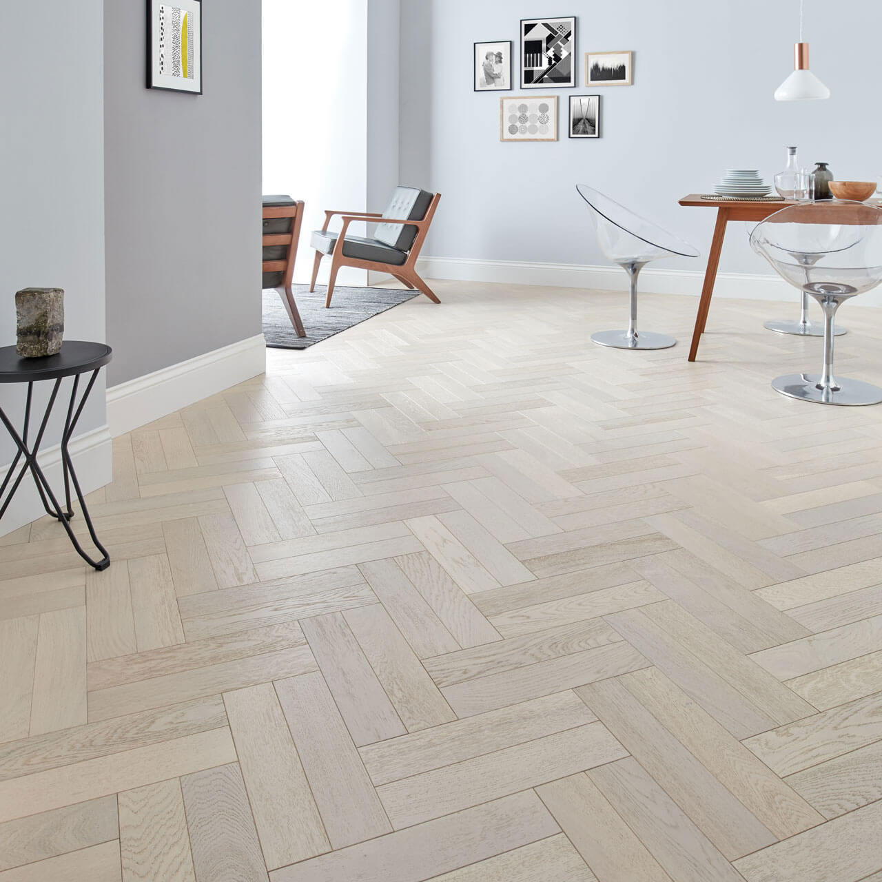 Woodpecker Goodrich Herringbone Whitened Oak Brushed & Matt Lacquered Engineered Wood Flooring 32-GWH-001