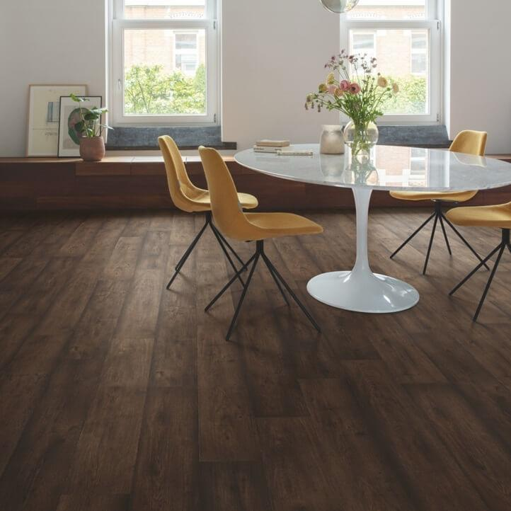 Quick-Step Signature Waxed Oak Brown SIG4756 Laminate Flooring