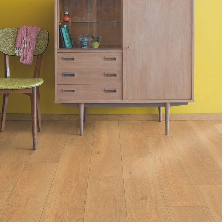 Quick Step Classic Moonlight Oak Natural CLM1659 Hydroseal Laminate Flooring