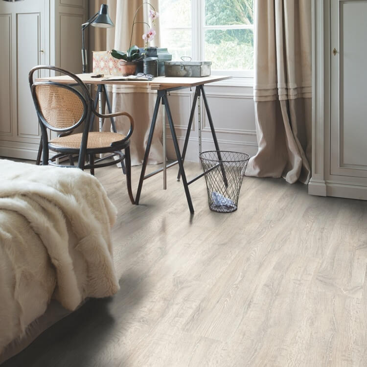 Quick Step Classic Reclaimed White Patina Oak CL1653 Hydroseal Laminate Flooring