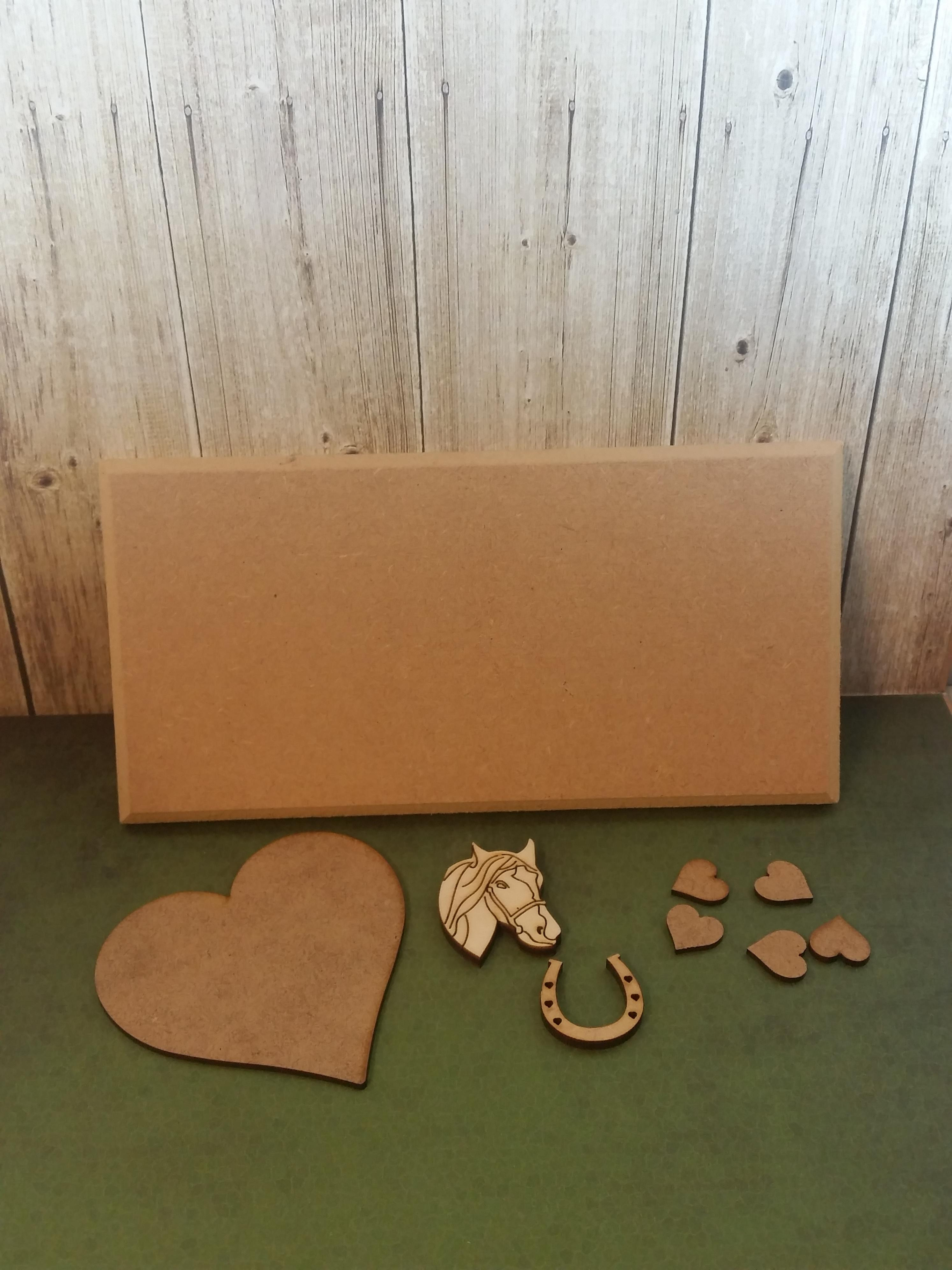 horse plaque kit for you to make and paint how you wish