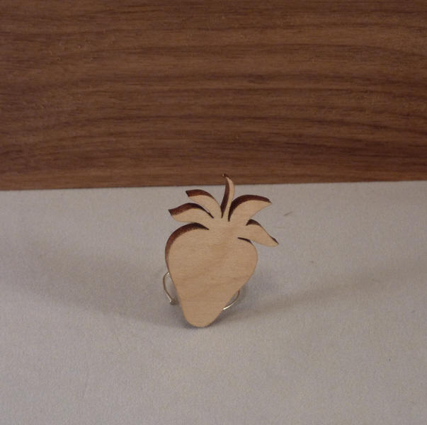 Plywood Strawberry Cut outs - 4 cm