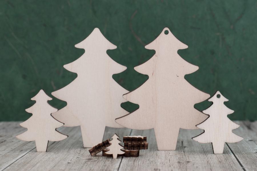 Plywood christmas trees traditional christmas tree wooden for Plywood christmas tree